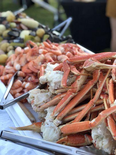 Jumbo crab clusters