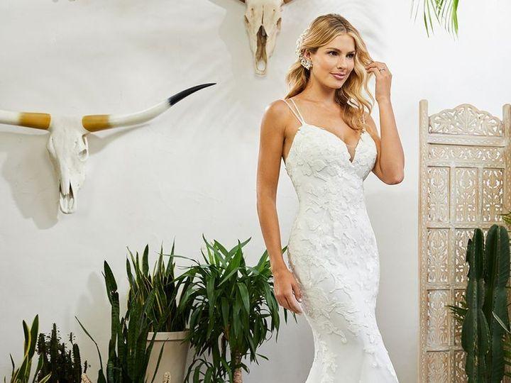Tmx B3934fe84cb8decc801e89511dab58ec 51 985939 157963126718063 Lake Geneva, WI wedding dress