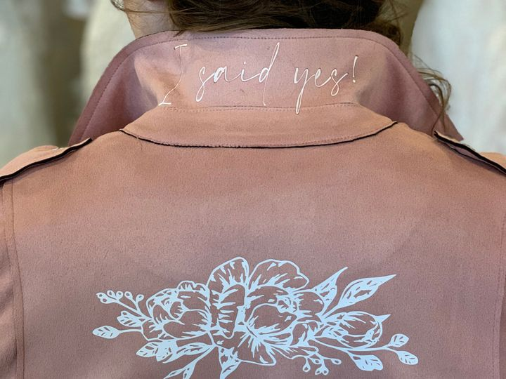 Tmx C3 51 985939 158326948225984 Lake Geneva, WI wedding dress