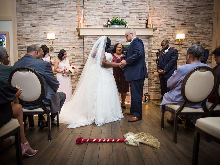 Tmx 1523595848 C1fa3c90186a9824 1523595847 98474ba82d69e167 1523595823406 7 IMG 1728 Mount Laurel wedding planner
