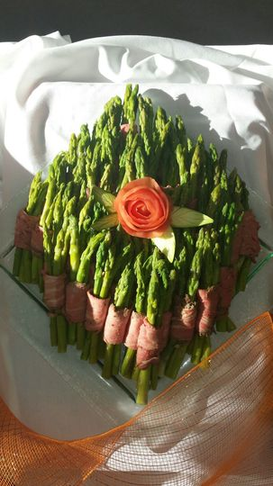 Asparagus Wrapped in Smoked Beef Tenderloin presents an elegant display, with a great taste....