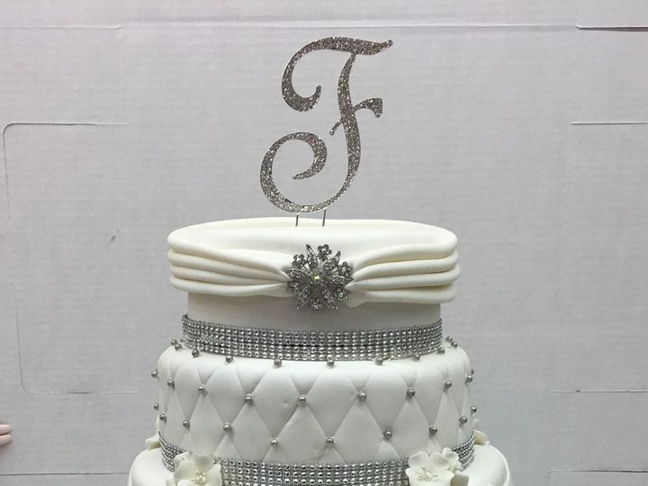 Tmx 1494376590872 Rolled Fondant. Quilted. Wrapped Tiers With Pleate Bronx wedding cake