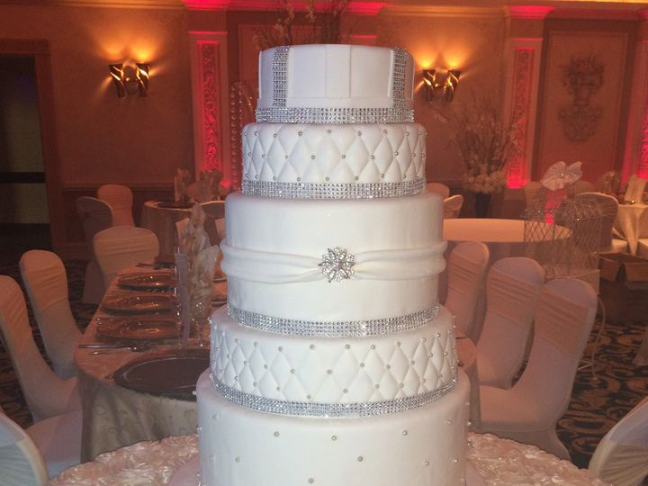 Tmx 1494376653054 7tier.rolled Fondant. Doubled. Silver Pearls.quilt Bronx wedding cake