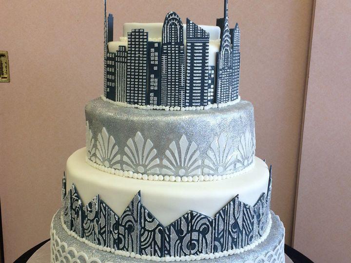 Tmx 1494376675153 Gatsby Inspired With City Scape  Bronx wedding cake