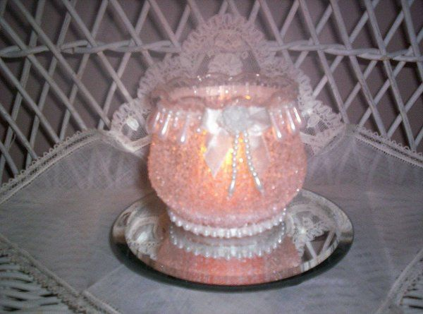 """3"""" x 3"""" fluted-edge container with drop pearls, matching mini-ribbon& rose and a string of pearls..."""