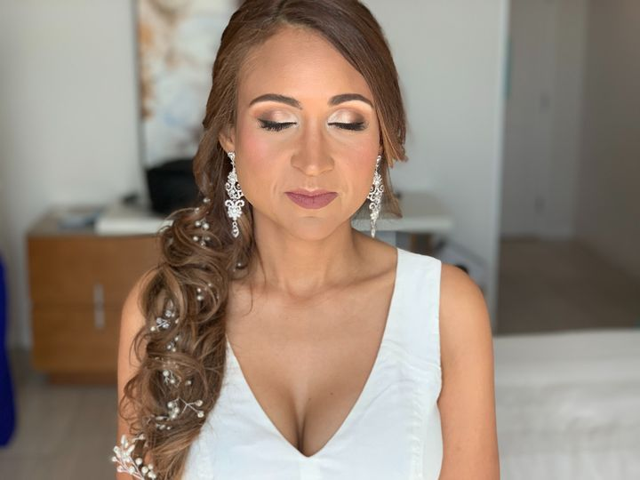 Bride H&M (airbrush)