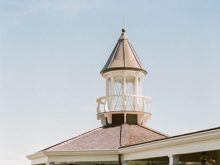Tmx Emily Chris 197 51 10049 157529841511018 Edgartown, Massachusetts wedding venue