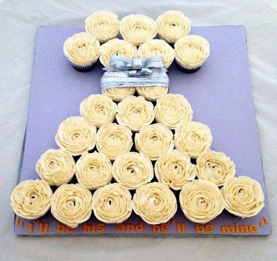 Sugar Sketch - Wedding Cake - New York, NY - WeddingWire