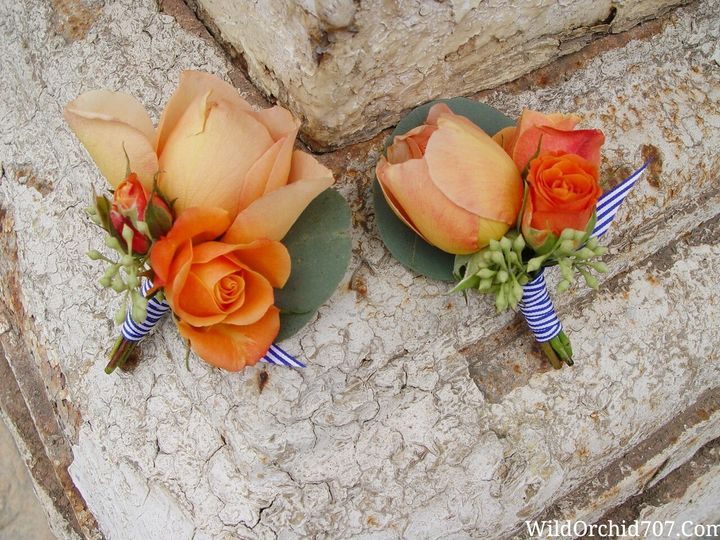 More photos to come today. I can't get enough of these groomsmen boutonnieres. Peach garden roses,...