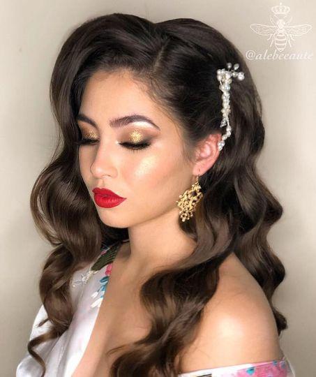 Hollywood Glam-Bride