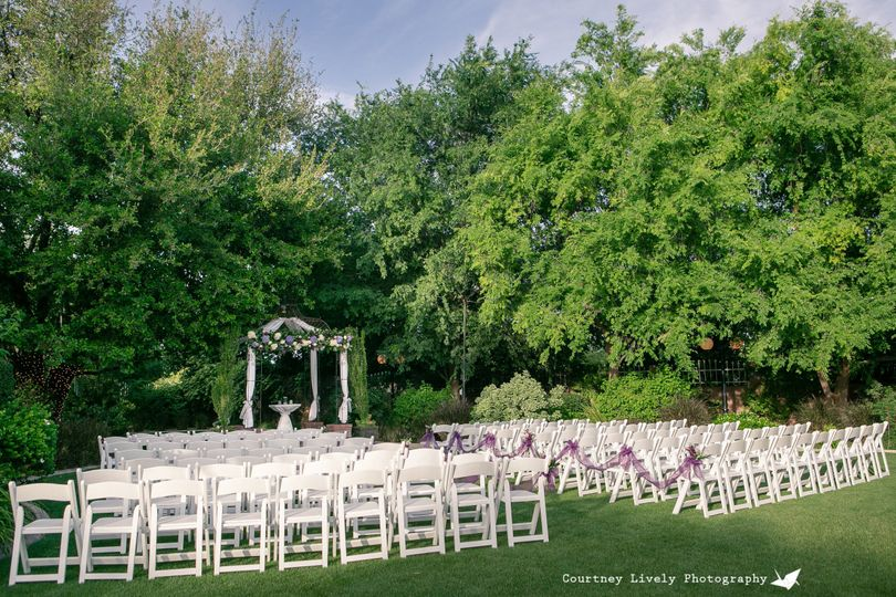 800x800 1436478987834 manor courtyard ceremony site