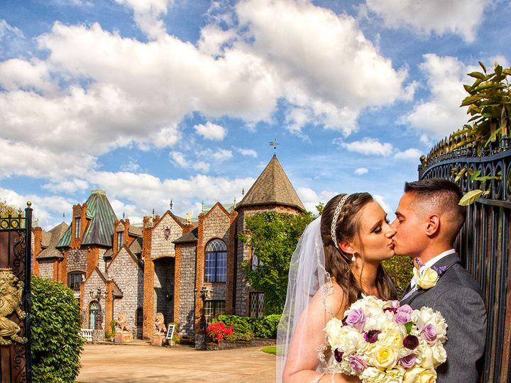 Tmx 1527261466 292d5db439ccd6c6 1527261465 6e12dae2d3638ae6 1527261463980 4 Barclay Villa MG 3 Fayetteville wedding photography