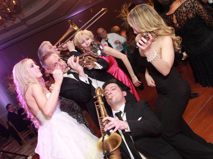 Tmx Ad6k5533 X3 800x500 51 143049 V1 Silver Spring, MD wedding band