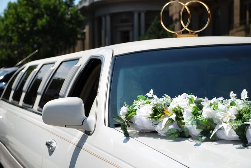 weddings arrow prestige limousine