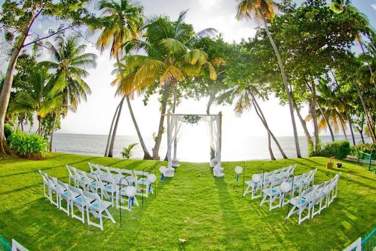 Private villa wedding ceremony