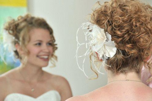av wedding photos bride prep mirror
