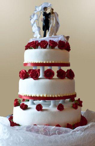 av wedding photos wedding cake roses