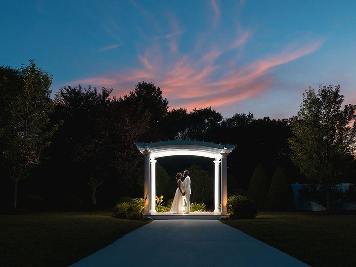 Tmx Farrah Dw Digital Photography1217 51 1650149 159665970326803 Weymouth, MA wedding planner