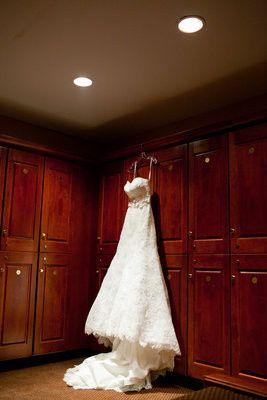 e locker room dress