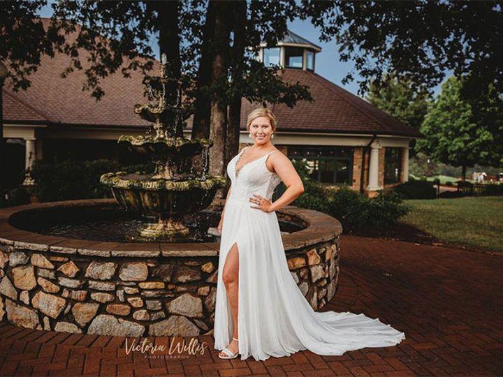 Tmx Bride At Foundain 51 611149 160046362963682 Conover, NC wedding venue