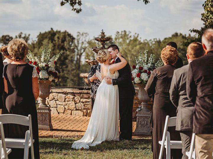 Tmx Bride Social Lawn 51 611149 160046362936567 Conover, NC wedding venue