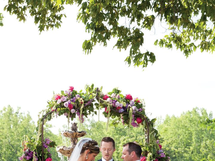 Tmx Couplearbor 51 611149 160046363388905 Conover, NC wedding venue