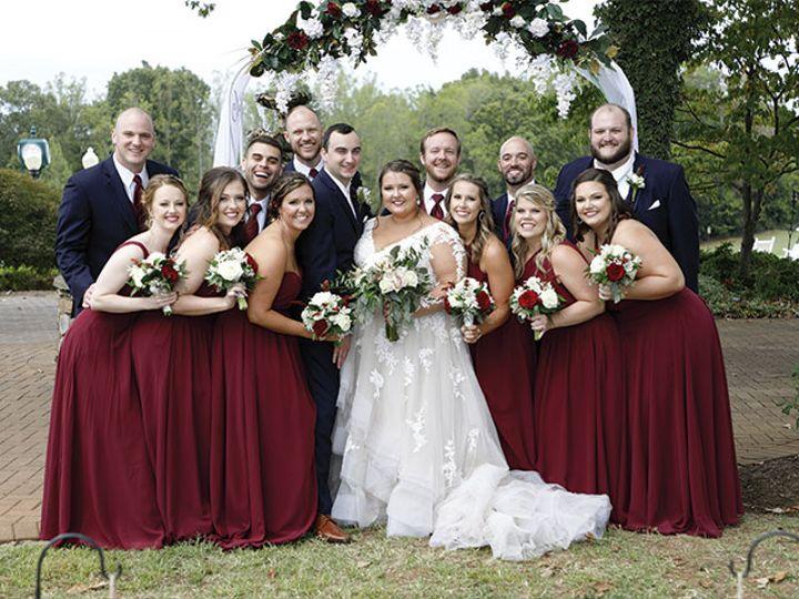 Tmx Sarah Wedding Group Outside 51 611149 160046363820214 Conover, NC wedding venue