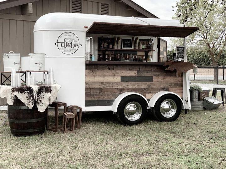 Daisy Mae - Horse Trailer Bar
