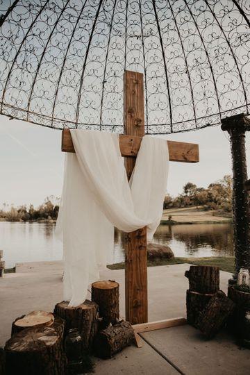 Rustic Wood Cross - Ceremony