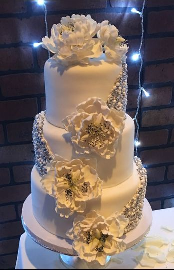 dani cakes wedding cake houston tx weddingwire. Black Bedroom Furniture Sets. Home Design Ideas