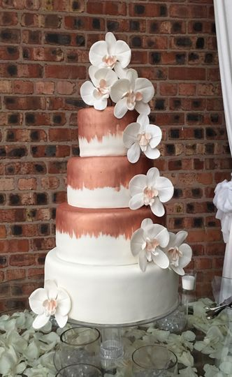 rose gold and cream wedding cake cakes wedding cake houston tx weddingwire 19267