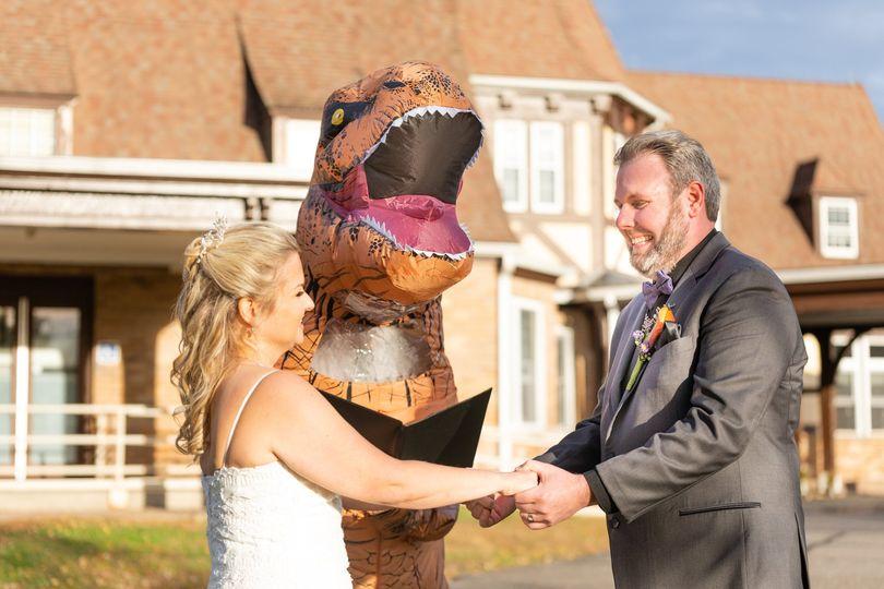 T-Rex Officiant
