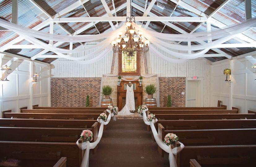 chapel dress 51 1035149