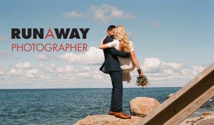 RunAway Photographer