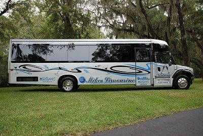 New 2008 Limo Bus