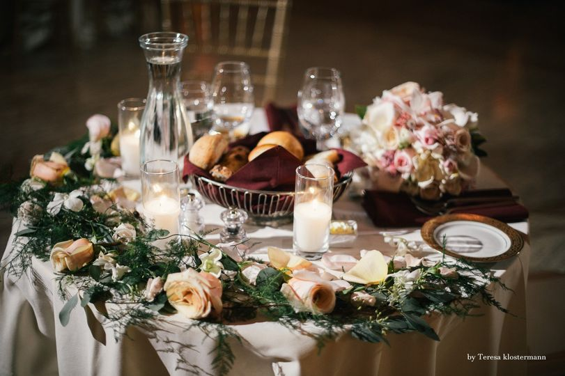 Sweetheart table decoration