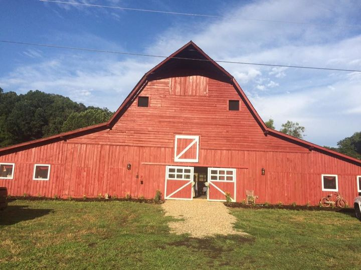 Barn Star Events exterior view