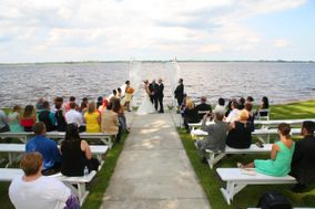 Abilena Plantation Waterfront Weddings and Receptions on the coast of NC