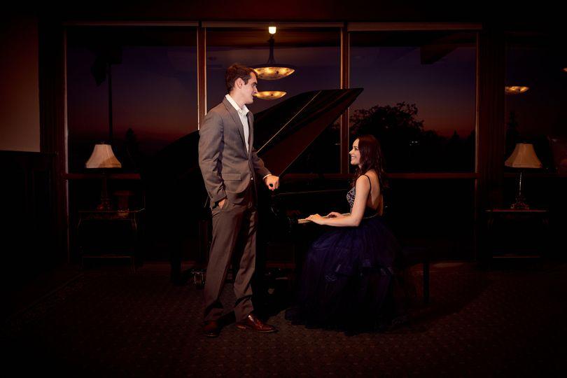 A look of love | SJCC Engagement Photo