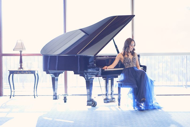Piano | SJCC Engagement Photo