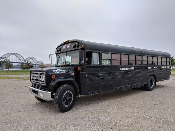 Black Party Bus