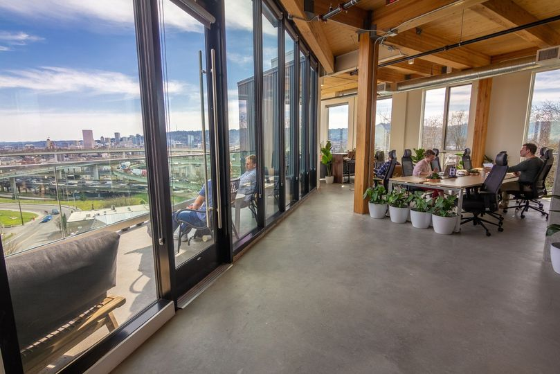 Outdoor 6th floor patio