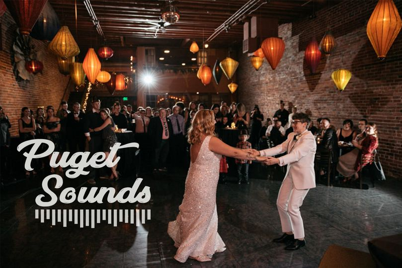 b305cbcc81e02f90 Wedding Wire Profile Picture left cool font better