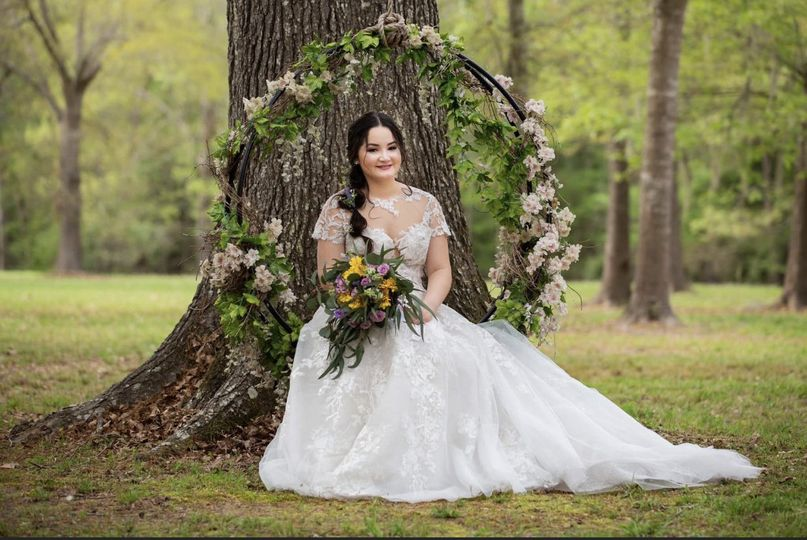 Beautiful swing for photos.