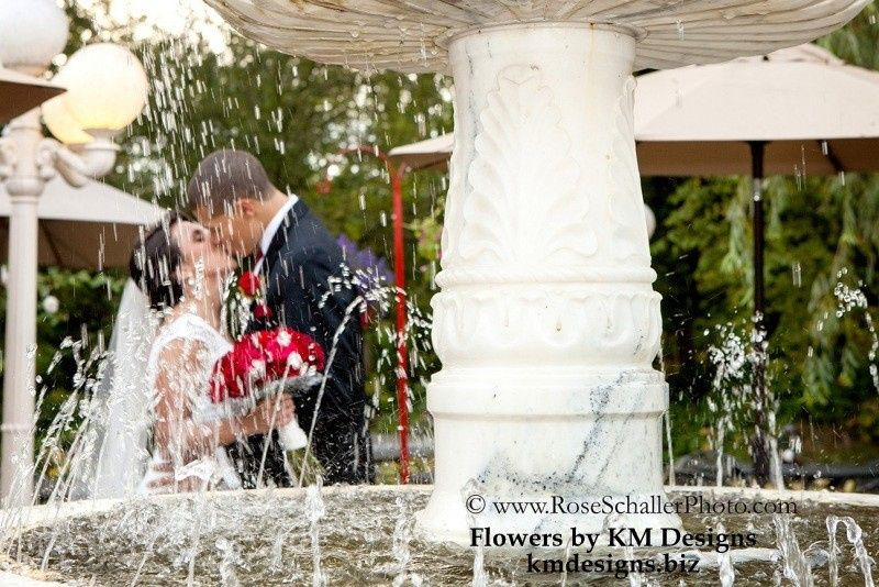 Jen & Tremaine's Wedding Flowers and Decor by KM Designs Kmdesigns.biz Photography by Rose Schaller...
