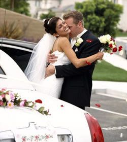 Make your wedding day that  much more special with a limousine.