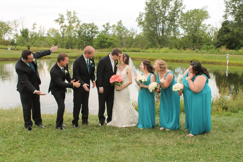 Ohh their kissing!
