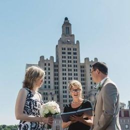Elopement on top of a roof in
