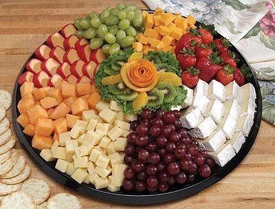 3e276b9c6571ef94 1242153647734 cheesefruittray
