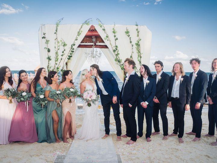 Tmx Igz Dzeni Resized 27 51 1069349 1559528619 Brooklyn, NY wedding videography